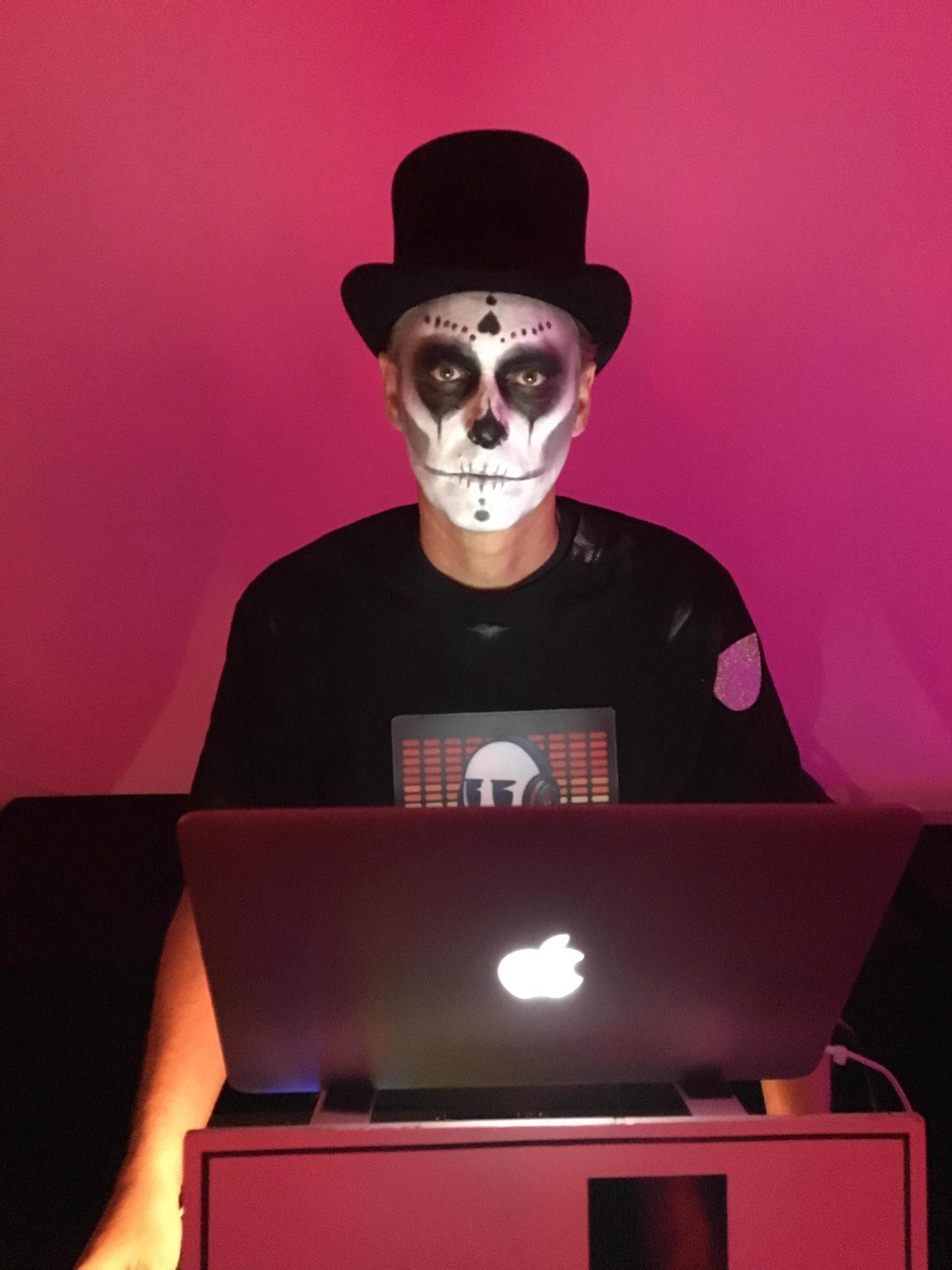 Santa Barbara Halloween Dance Party 10-29-2016-Voodoo Lounge ...